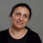 Satia Sezer, Reinigungskraft